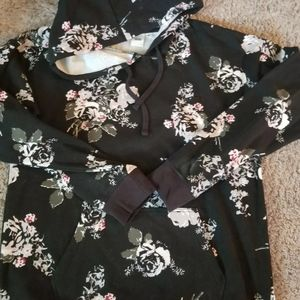 Ladies Vans black floral sweatshirt size L